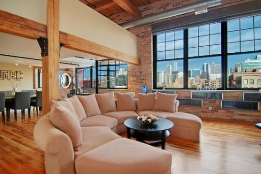 Located Chicago Lofts For