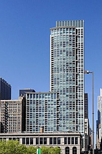 130 N Garland Ct Condos in Chicago