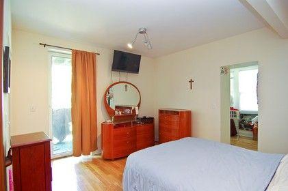 4953_n._st._louis_bedroom_421