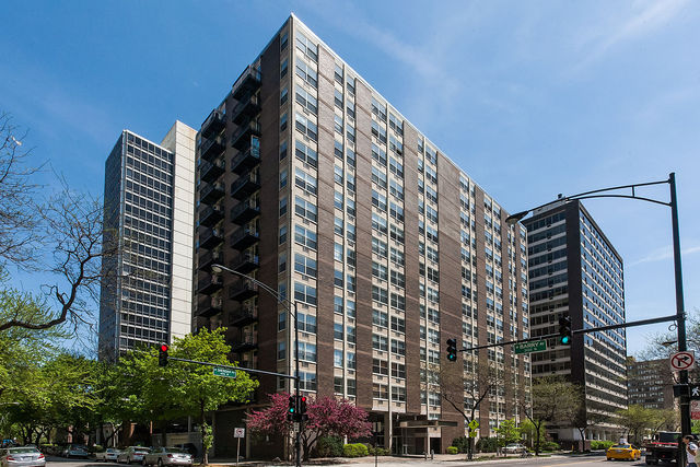 Belmont Harbor Chicago Condos For Sale