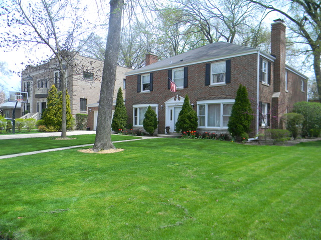 South Edgebrook Real Estate For Sale in Chicago, IL